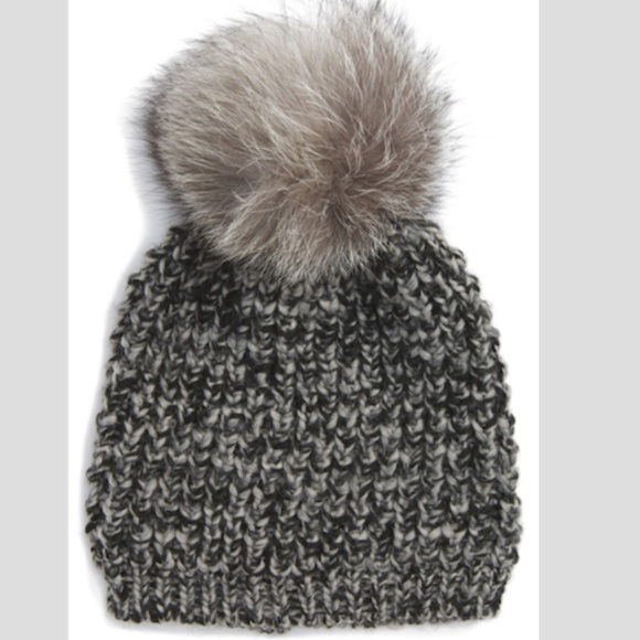 869641ef974 Kyi Kyi Genuine Fox Pompom Hat